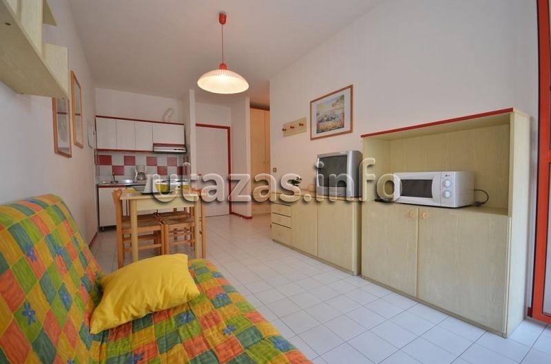Appartamenti urano bibione olaszorsz g nyaral s for Appartamenti bibione